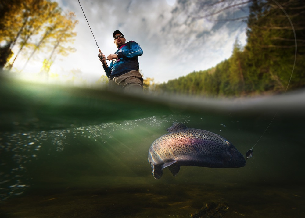 Fly Fishing with 8 weight fly rod Underwater Close-up
