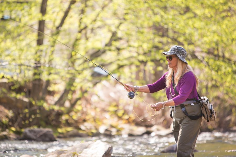 Fly Fishing Woman Casting River 5wt