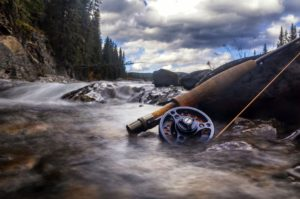 Best 3wt fly rods featured image - fly rod in river