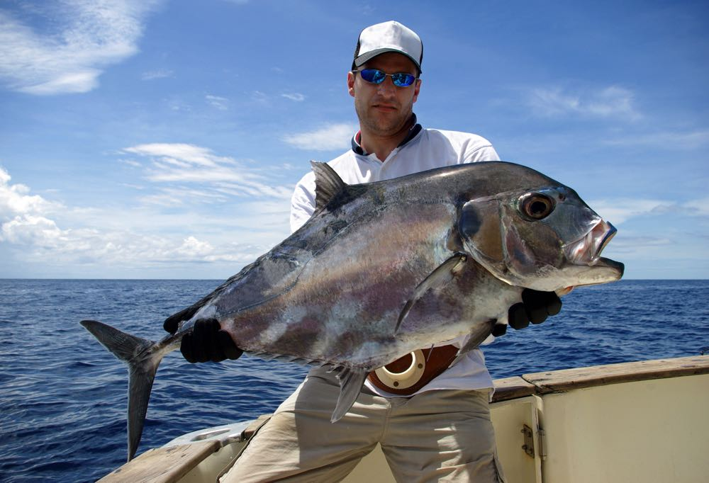 Giant Trevally fly fishing in Seychelles