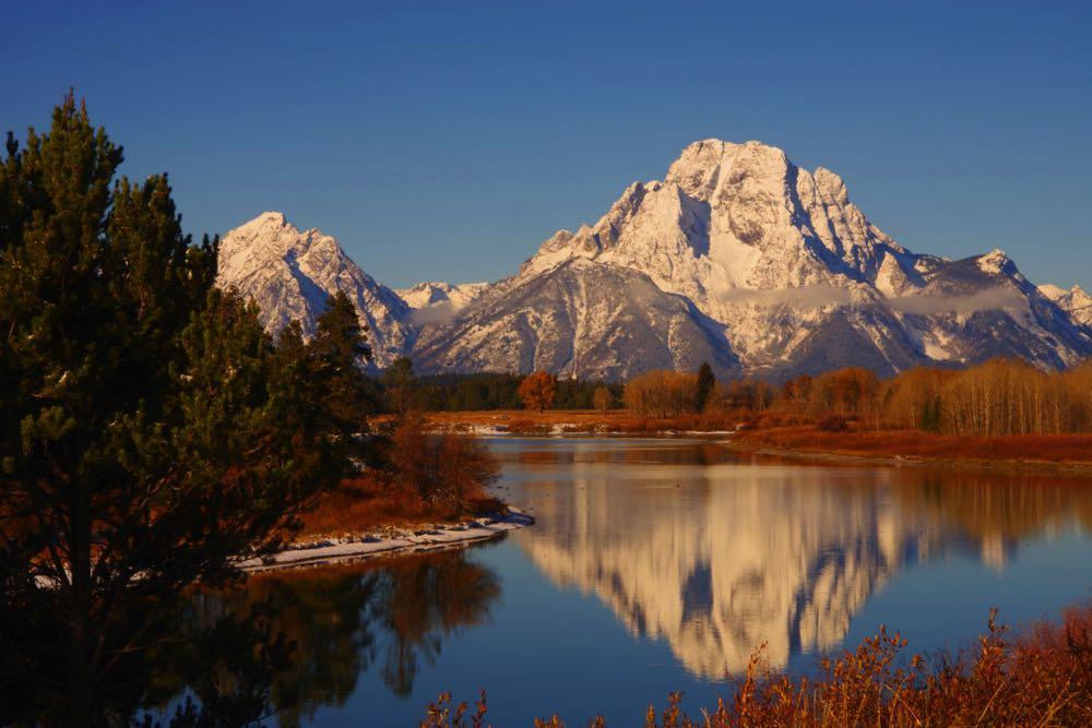 Snake River Fly Fishing Spot in Wyoming Tetons Mountain View