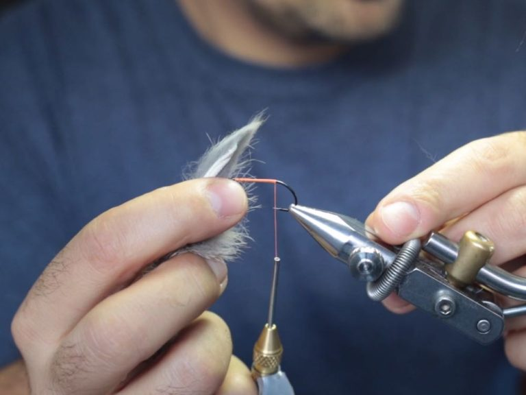 Tying a Bunny Leech and Preparing the Zonker Tail Making it Tapered