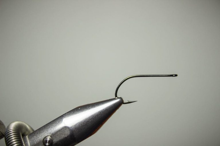 How To Tie a Bunny Leech Fly Step 1