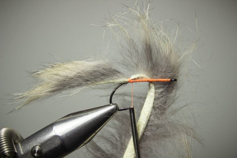 tie on the zonker tail bunny leech fly