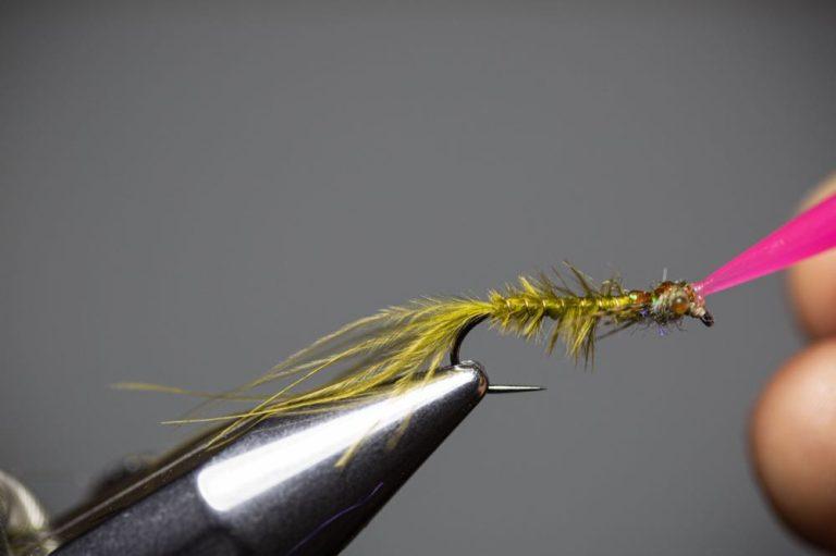 Learn To Tie a Damselfly Larva Step19
