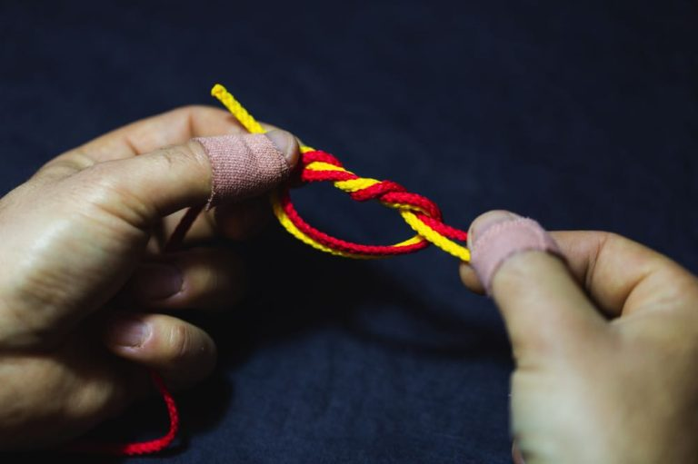 surgeon's knot_step4