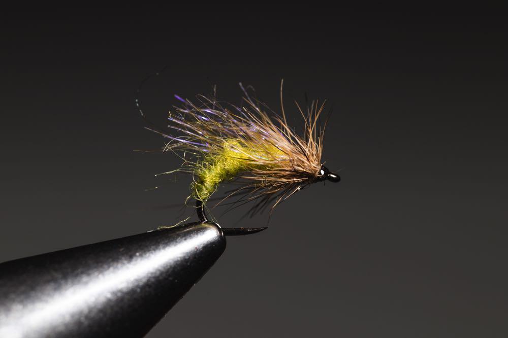 tying a caddis_emerger_step-13