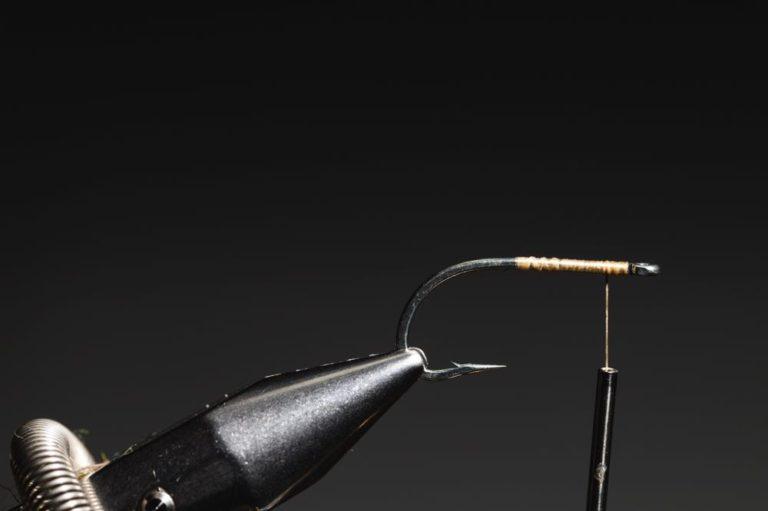 how to tie a avalon_shrimp_step-3