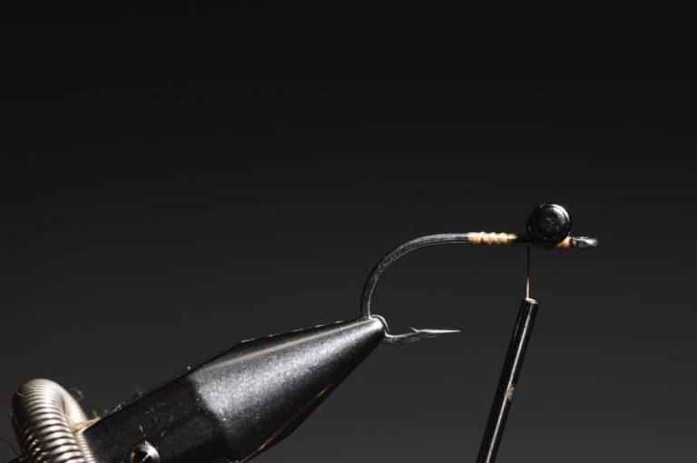 how to tie a avalon_shrimp_step-4