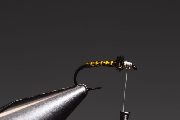 fly tying tutorial - soft hackle-11