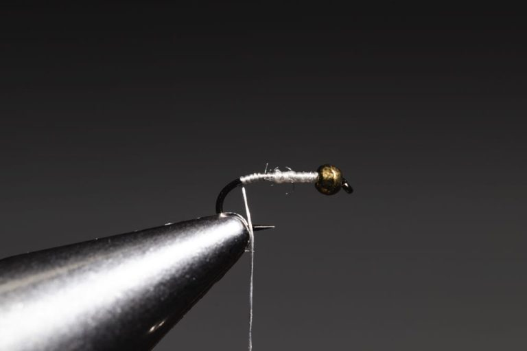how to tie a Gold Ribbed Hare_s Ear step-4