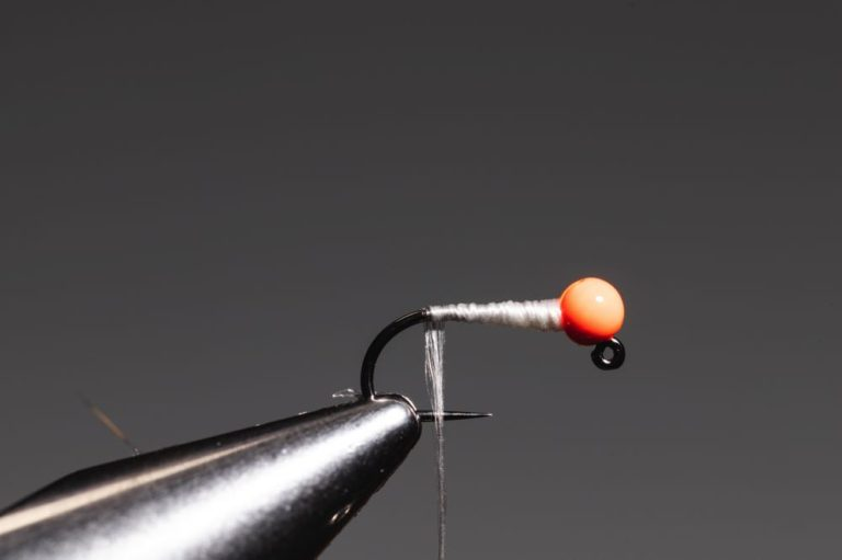 step5how to tie a micro bugger fly -