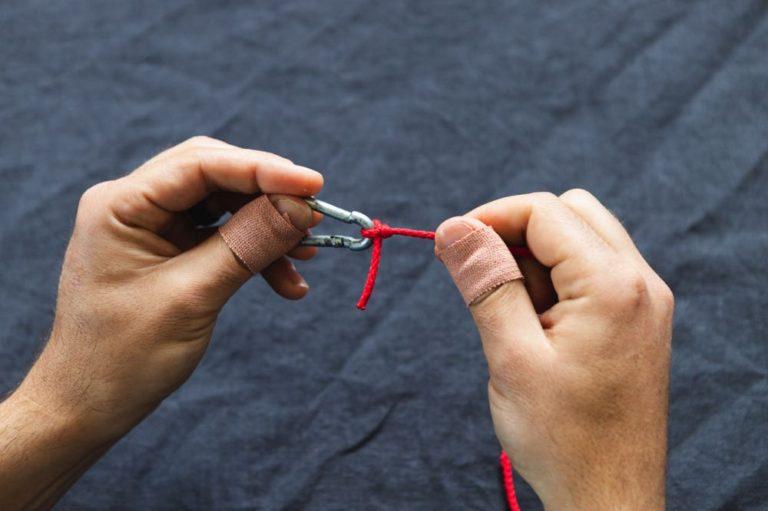 davy knot tutorial step 9