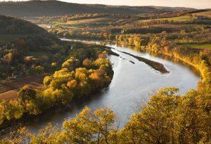 a huge river in Pennsylvania