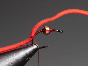how to tie a san juan worm step 6