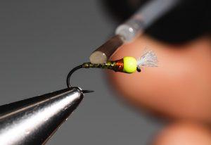 how to tie a chromie fly