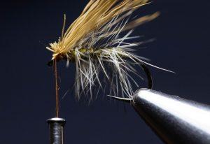 how to tie an elk hair caddis fly