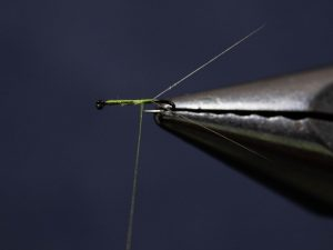 how to tie the RS2 fly step 4