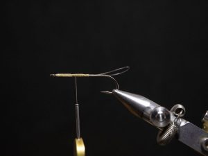 how to tie a gurgler fly step 5